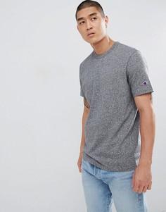 Светло-бежевая футболка с маленьким логотипом Champion - Серый
