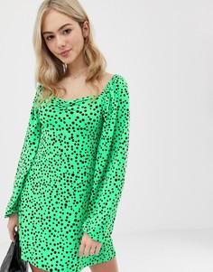 e4a209029bf Зеленое платье мини в горошек с вырезом сердечком ASOS DESIGN - Мульти