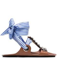 Prada сандалии-гладиаторы на ленте с заклепками