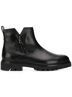 Категория: Мужские ботинки Salvatore Ferragamo