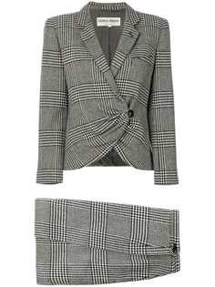 Giorgio Armani Vintage клетчатый костюм с юбкой