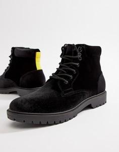 Черные бархатные походные ботинки с контрастными шнурками ASOS DESIGN - Черный