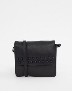 Кожаная сумка через плечо с отделкой заклепками Urbancode - Черный