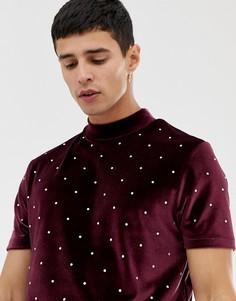 Длинная велюровая футболка с высоким воротником и отделкой камнями ASOS DESIGN - Красный