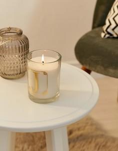 Свеча с ароматом мимозы и буквой J Candlelight - Белый