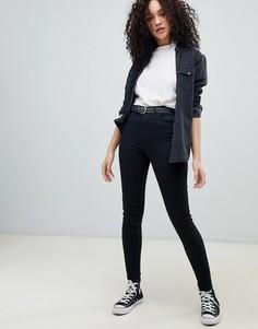 Моделирующие джинсы скинни с завышенной талией Wrangler - Черный