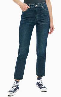 Зауженные джинсы с заломами Retro-Slim Wrangler