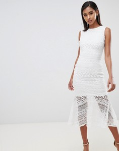 Кружевное платье миди с баской Club L - Белый