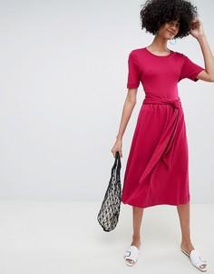 Красное платье миди с завязкой на талии Selected Femme - Красный