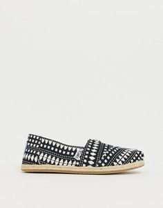 Классические туфли на джутовой подошве с принтом TOMS - Черный