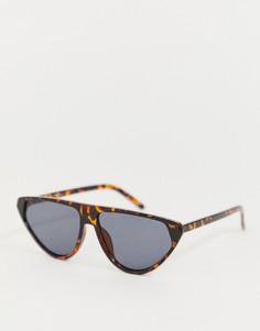 dab04260eef1 Черепаховые солнцезащитные очки кошачий глаз Jeepers Peepers - Коричневый