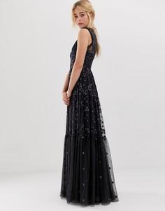 Халат макси графитового цвета с вышивкой Needle & Thread - Черный