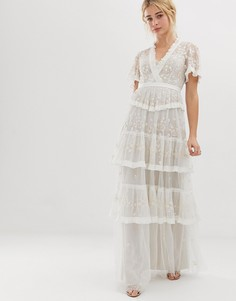 Ярусное кружевное платье макси цвета слоновой кости с вышивкой Needle & Thread - Белый