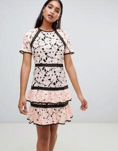 Ярусное платье с кружевной вставкой Liquorish - Розовый