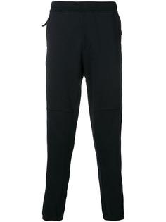 Stone Island спортивные брюки с вышитым логотипом