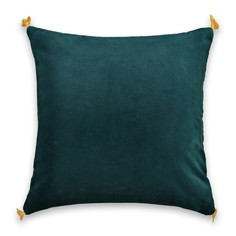 Чехол на подушку из велюра PAULA