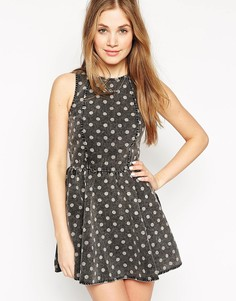 Короткое приталенное платье в горошек Neon Rose - Черный