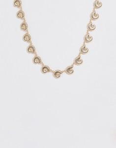 Золотистое ожерелье с металлическими подвесками ASOS DESIGN - Золотой