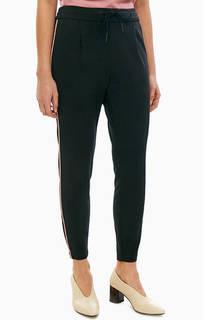 Трикотажные черные брюки на кулиске Vero Moda