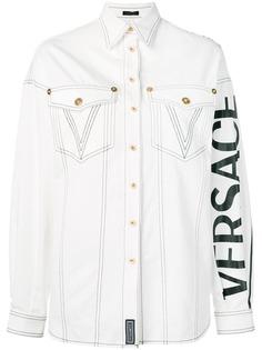 Versace джинсовая рубашка с логотипом
