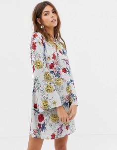 Платье с цветочным принтом Glamorous - Серый