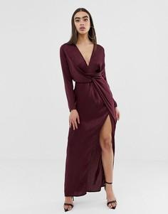 Бордовое атласное платье макси с разрезом Missguided - Красный