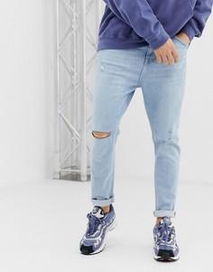 Светло-синие джинсы-морковки с рваной отделкой Bershka Join Life - Синий