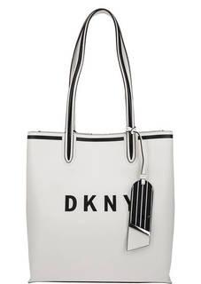 Белая кожаная сумка с логотипом бренда Dkny