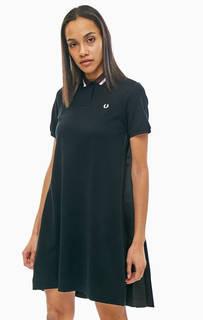 Короткое платье с плиссированной спинкой Fred Perry