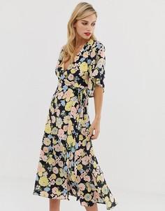 Платье макси с запахом, поясом и цветочным принтом в стиле ретро Liquorish - Мульти