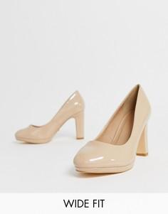 Туфли-лодочки телесного цвета на каблуке для широкой стопы Simply Be Abigail - Бежевый