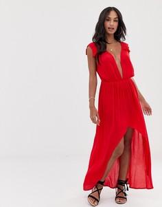 Пляжное платье макси с глубоким вырезом, оборками на плечах и асимметричным краем ASOS DESIGN - Красный