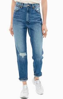 Синие джинсы с рваными деталями 11WWZ Wrangler