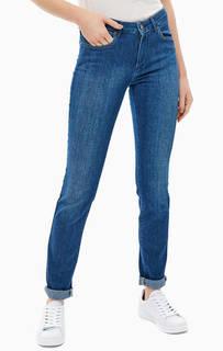 Категория: Женские зауженные джинсы Wrangler