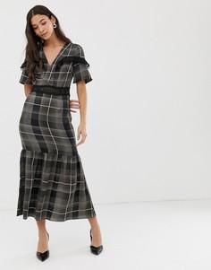Платье макси в клетку с полупрозрачными вставками Liquorish - Мульти