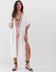 Длинное пляжное кимоно с вышивкой и отделкой Anmol - Белый