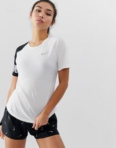 Черно-белая футболка колор блок Nike Running Miler - Черный