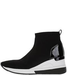 Текстильные кроссовки черного цвета на танкетке Michael Kors