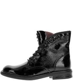Высокие лаковые ботинки с металлическим декором Mjus