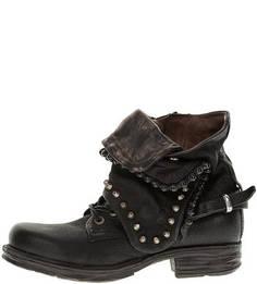 Демисезонные ботинки с металлическим декором A.S.98