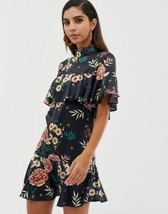 Атласное платье мини с высоким воротом и оборками Liquorish - Мульти