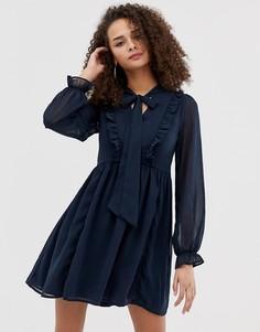 Темно-синее короткое приталенное платье с завязкой на бант и оборками Brave Soul - Темно-синий