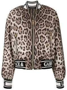 Dolce & Gabbana куртка-бомбер с леопардовым принтом