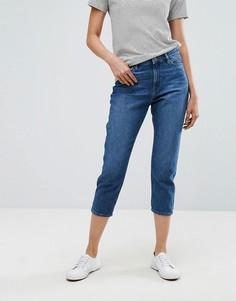 Укороченные джинсы в винтажном стиле Esprit - Синий