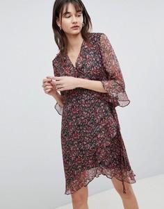 Платье с принтом, запахом и оборками Selected Femme - Мульти