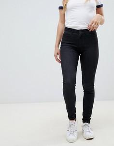 Категория: Женские джинсы клеш Wrangler