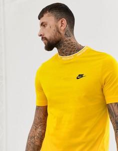 Футболки с надписями Nike