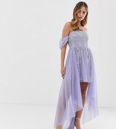 Сиреневое платье мини для выпускного с открытыми плечами, отделкой и шлейфом Dolly & Delicious Petite - Фиолетовый