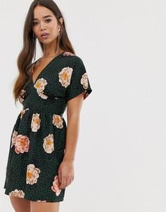 Чайное платье Love - Зеленый