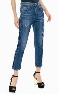 Укороченные джинсы бойфренд с оригинальным декором Boy Straight Jewel Liu Jo